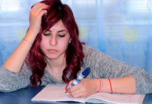 5 elements while choosing a reliable custom essay writing service