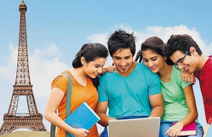 Top 8 IELTS Speaking Test Do's and Don'ts to get Band 8+ Score
