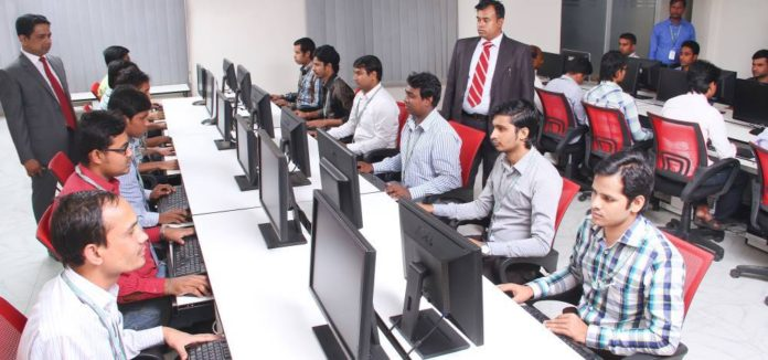 5 Reasons Why IT Companies Hire Non-IT Graduates or Core Engineering Branch Students for Fresher Positions
